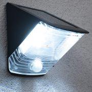 Brennenstuhl 1170970 napelemes LED falilámpa, IP44, mozgásérzékelővel 2xLED 0,5W 85lm, fekete