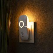Müller Licht 400072 éjszakai LED lámpa mozgásérzékelővel, alkonykapcsolóval 1,8W 1500K 15lm IP20