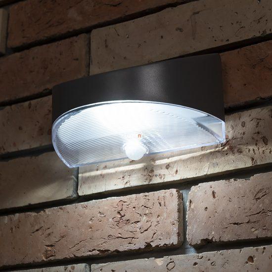 LUTEC P9015 SI BREAD  1,2W LED IP44 fali IR ezüst napelemes lámpa