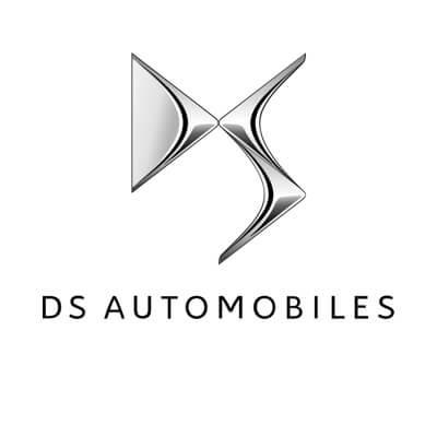 DS autó izzó