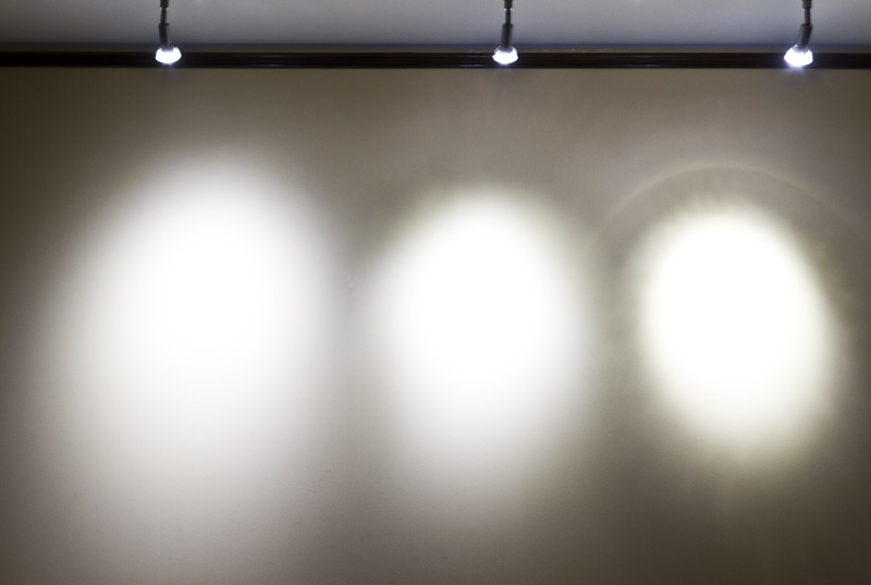 Különböző sugárzási szögű fényforrások