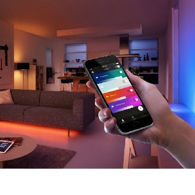 PHILIPS HUE wireless lighting